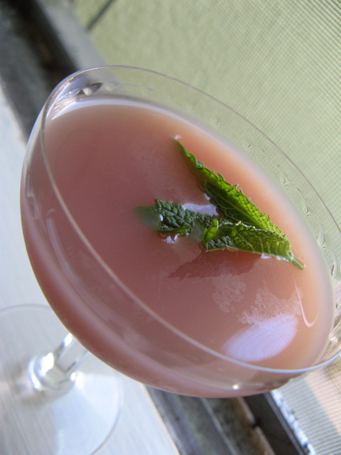 Pansy Blossom Cocktail